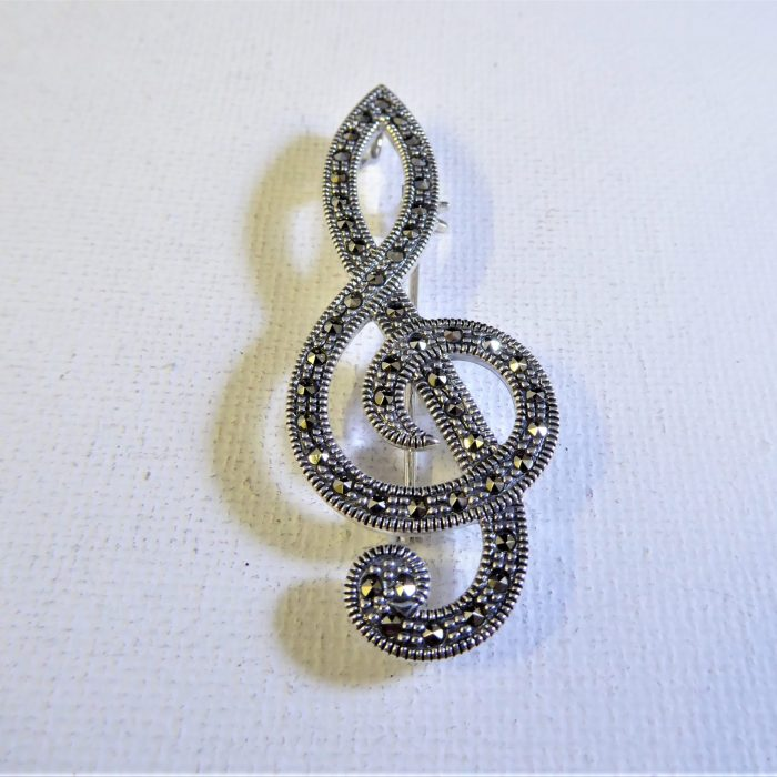 silver and marcasite musical note brooch