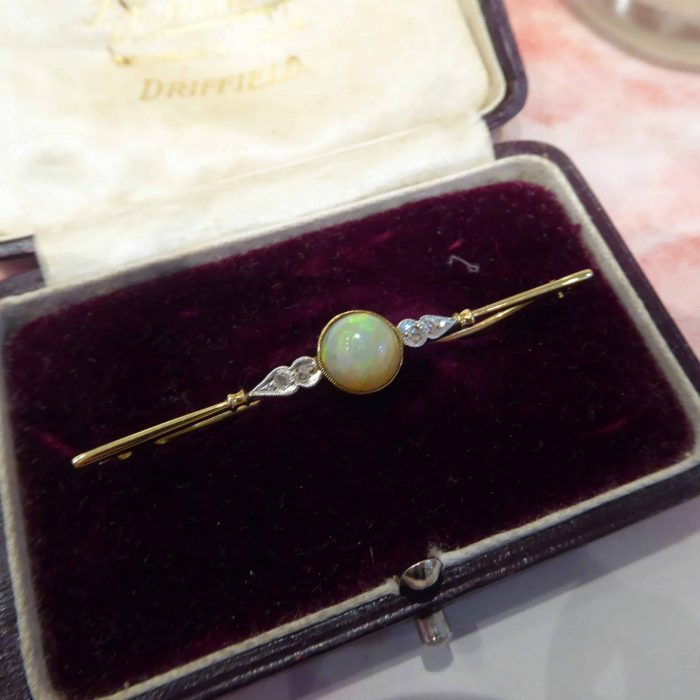 Victorian 15ct gold, opal and diamond brooch